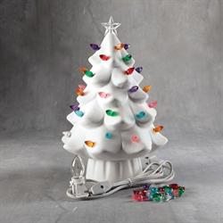 SEASONAL Lighted Christmas Tree/2 SPO