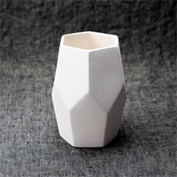 HOME DÉCOR Faceted Vase/6 SPO